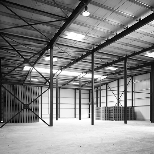 AUER Packaging AUER Packaging commissions new warehouse